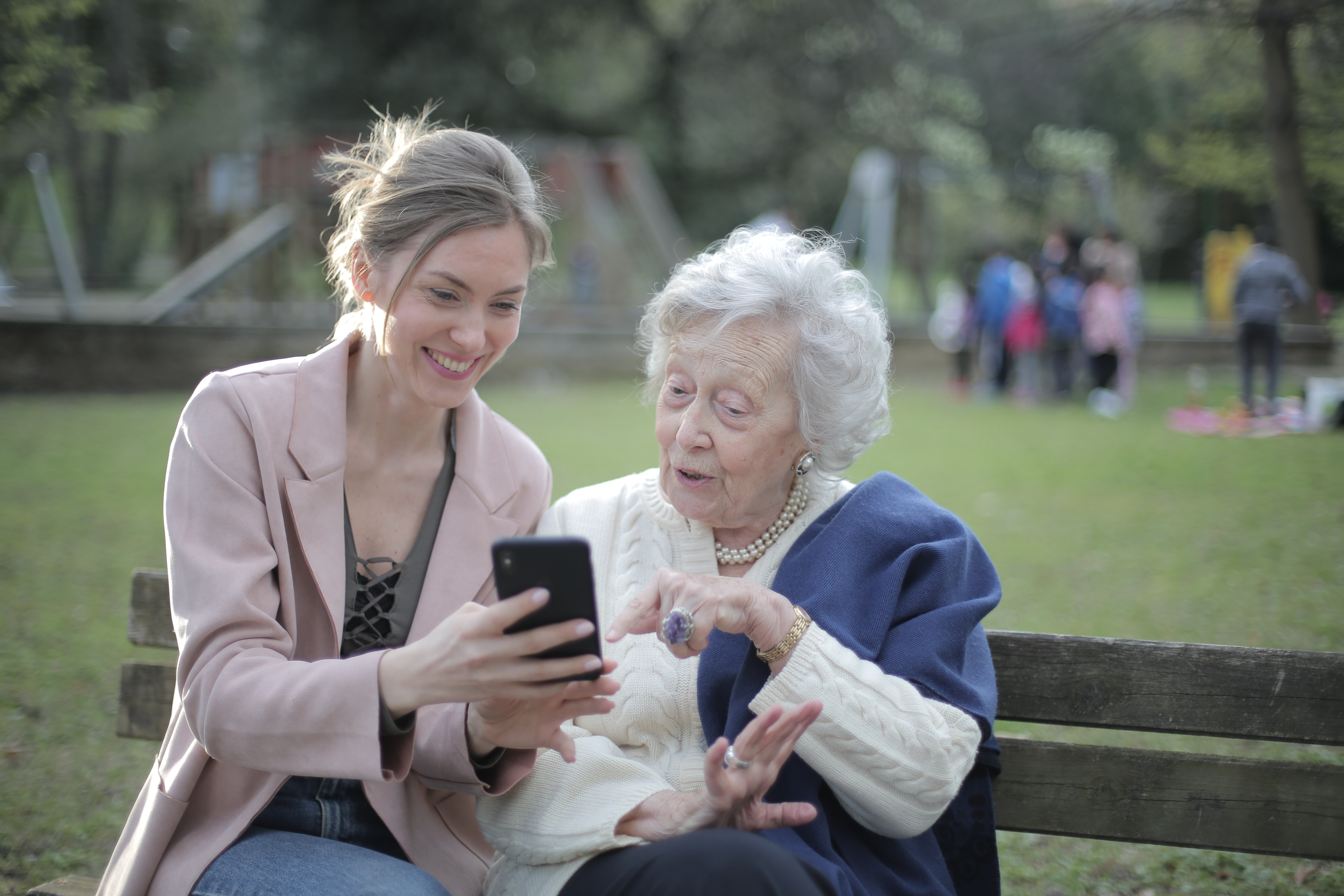 Supporting a person to use a smartphone
